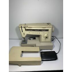 Kyпить Vintage Singer #534 Stylist Sewing Machine, Extension Arm & Pedal на еВаy.соm