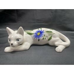Kyпить Vintage CERAMIC WHITE Resting/Laying CAT WITH FLOWERS Hand Painted на еВаy.соm