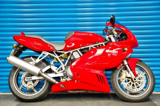 2003 DUCATI 900 SS SUPERSPORT RED - A VERY CLEAN EXAMPLE - FREE DELIVERY