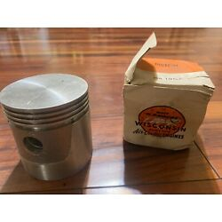 Wisconsin engine piston part number db190a1   models TJD W41770 Vh4d