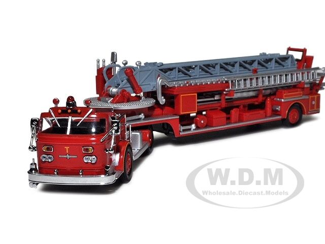 San Francisco Fire Truck 4 Alf 900 Series Open Top 1 64