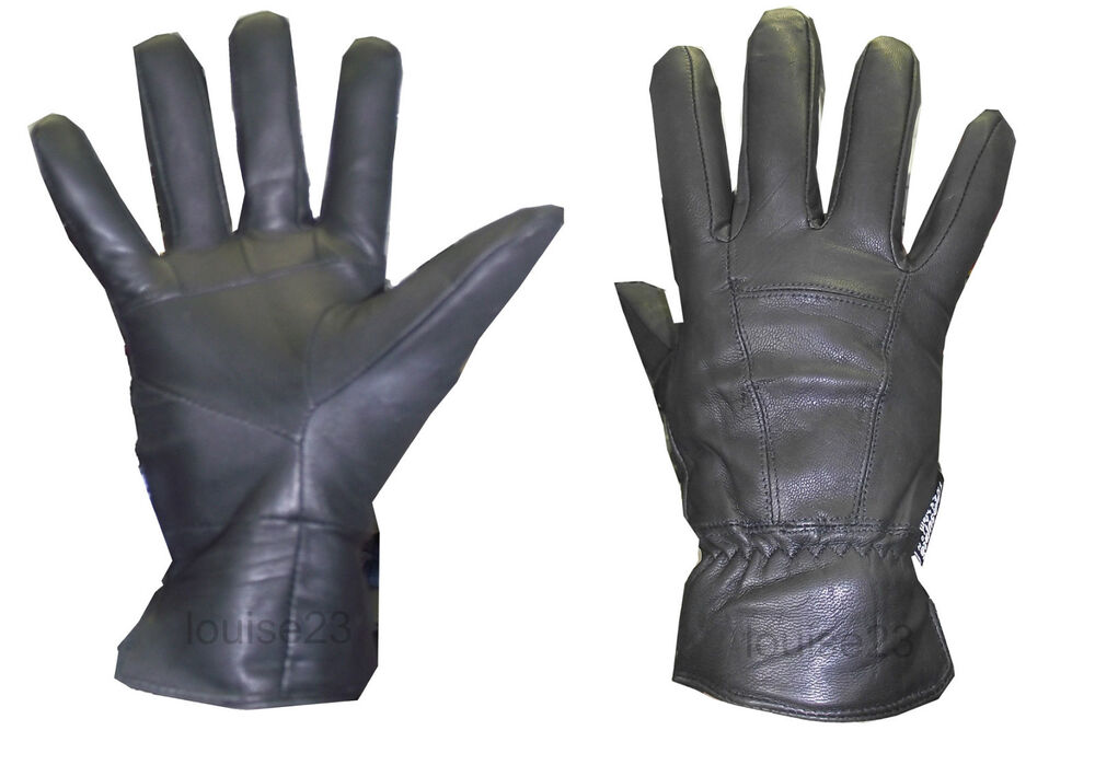 Men's Gloves We've got winter warmers all wrapped up with our impressive collection of men's designer gloves available online now at Farfetch. Choose an enduringly classic style by opting for a chic leather pair, or go fingerless for a rustic design twist.