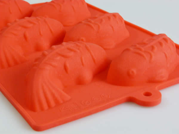6 cell red koi carp fish silicone bakeware chocolate for Koi fish mold