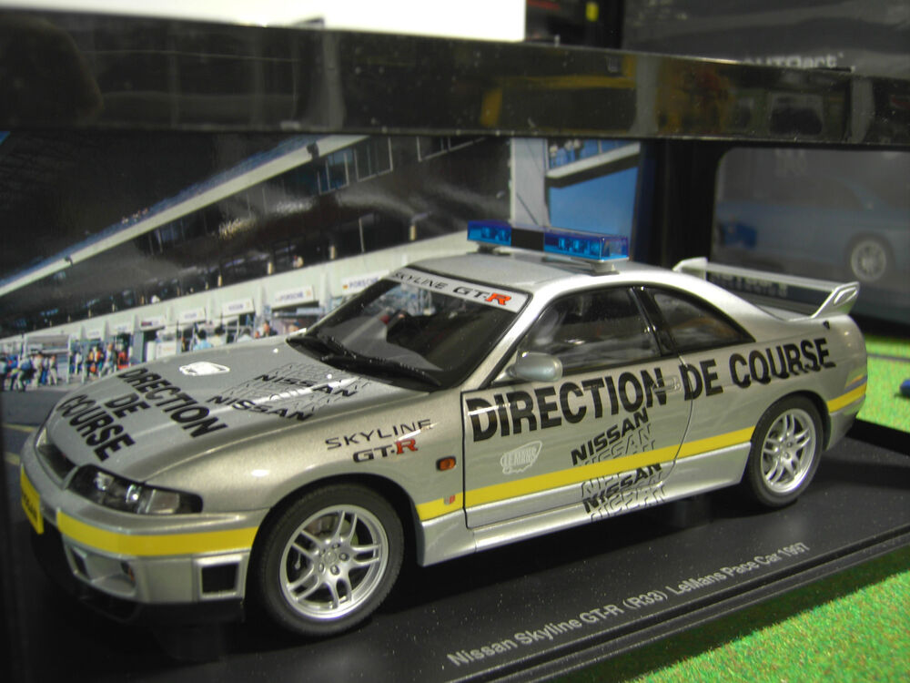 nissan skyline gt r r33 le mans pace car 1997 au 1 18 autoart 77329 ebay. Black Bedroom Furniture Sets. Home Design Ideas