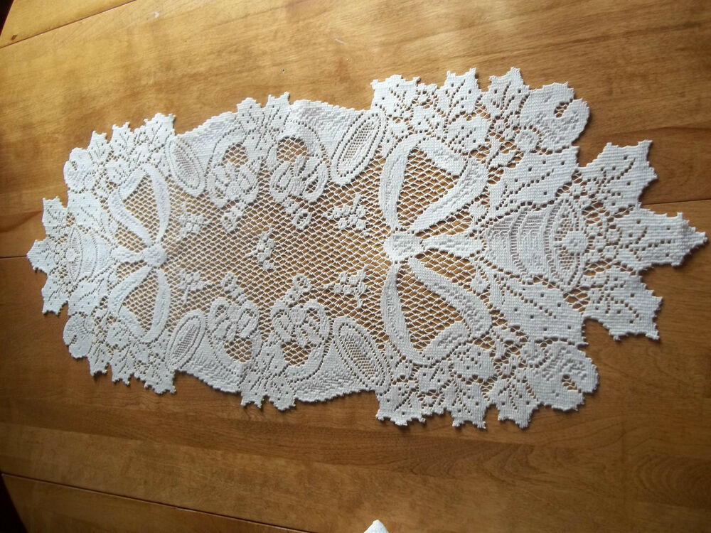 HERITAGE LACE IVORY/CREAM HORN TABLE RUNNER 14 X 36 ITEM ...
