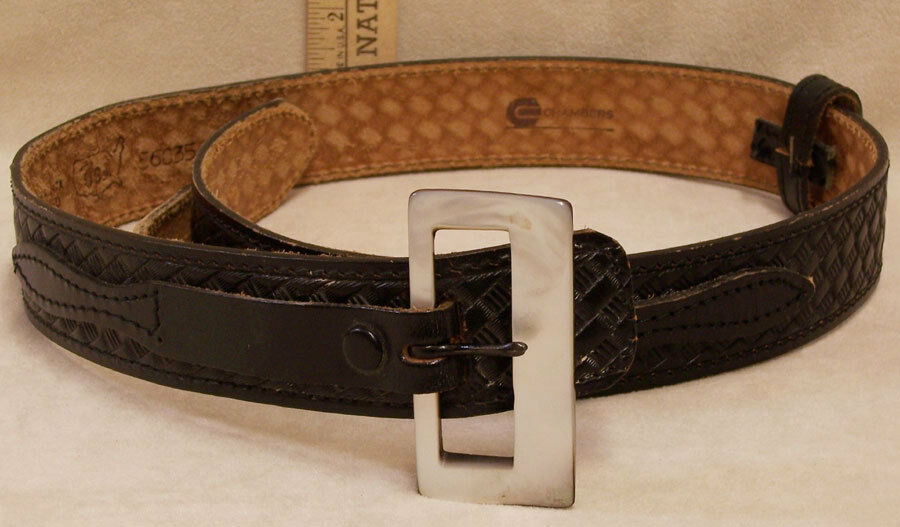 chambers black genuine leather belt with pealized buckle