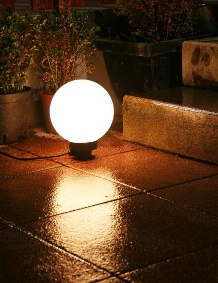 globe clairant d 39 ext rieur boule lumineuse jardin lampe de terrasse 20cm 240 ebay. Black Bedroom Furniture Sets. Home Design Ideas
