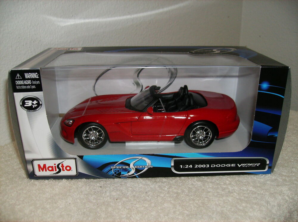 2003 dodge viper convertible maisto die cast car 1 24. Black Bedroom Furniture Sets. Home Design Ideas