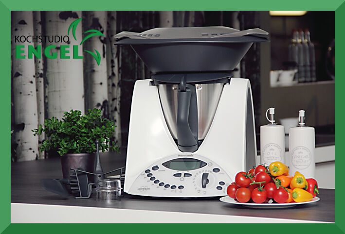 vorwerk thermomix tm31 avec varoma dernier modele tm 31 bimby ebay. Black Bedroom Furniture Sets. Home Design Ideas