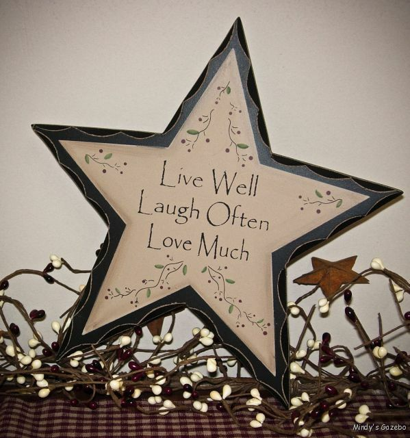 Vintage Star Wall Decor : Primitive rustic live laugh love wood star sign antique