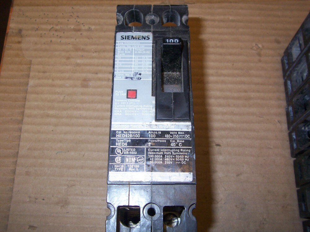 Siemens HED HED42B100 2 pole 100 and Circuit Breaker gray
