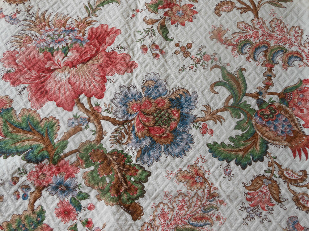 Vintage French Jacobean Indienne Floral Quilted Pique ... |Vintage Floral Fabric