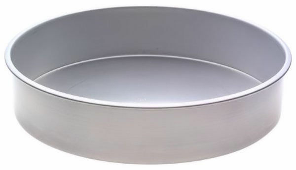Round 12 X 3 Inch Decorator Preferred Cake Pan From Wilton