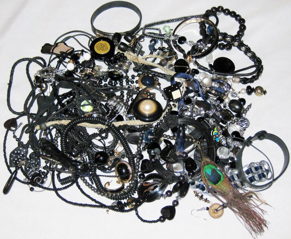 Black Beads Unmatch Mix Jewelry for Parts & Repairs