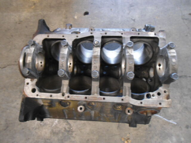 E9ae 6015 aa cylinder block ford 351 v8 standard bore for Outboard motor cylinder boring