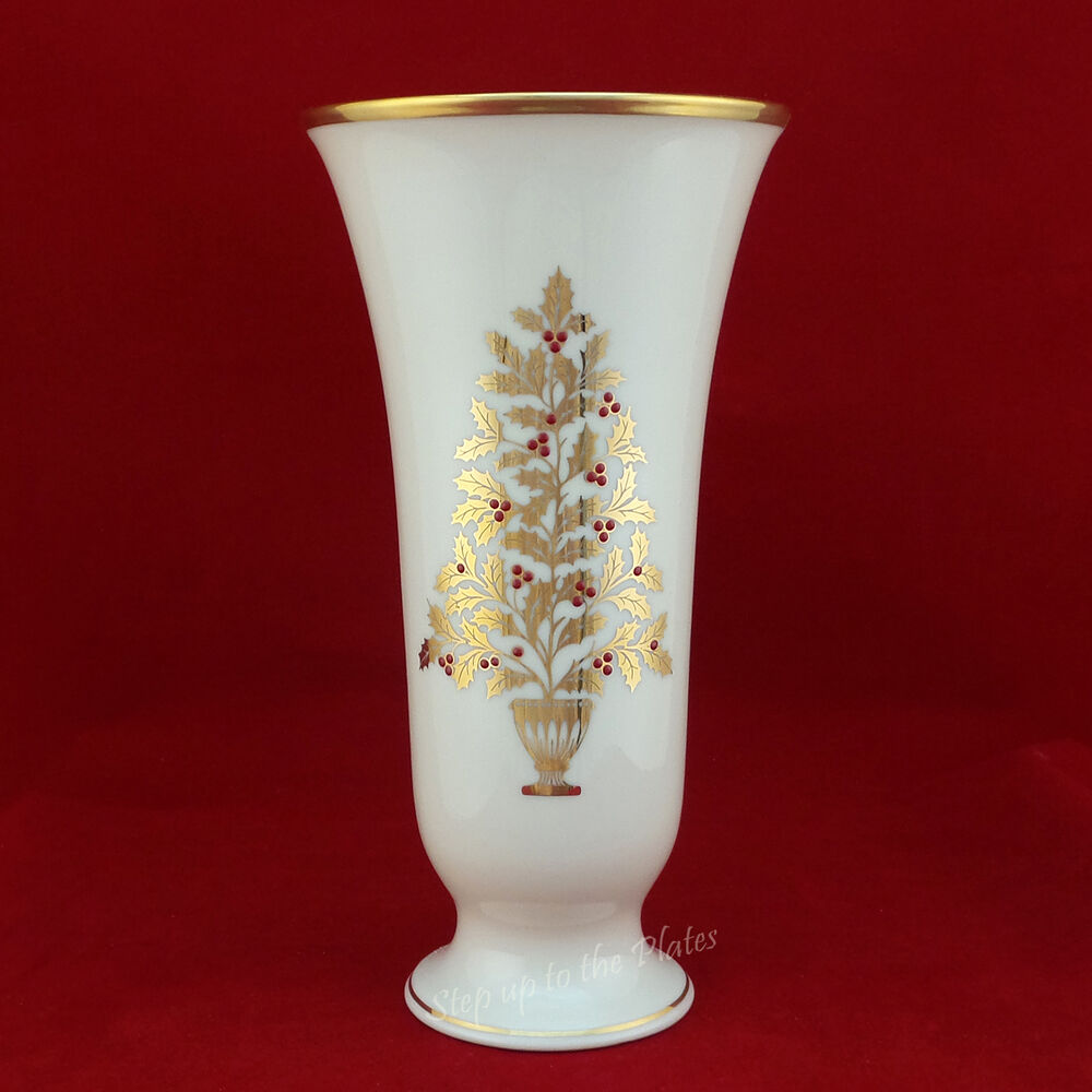 Lenox China Eternal Christmas Holiday Vase 7 3 4 Quot Tall