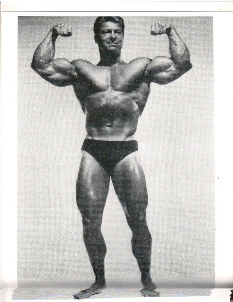 Bodybuilder LARRY SCOTT Double Bicep Pose Bodybuilding