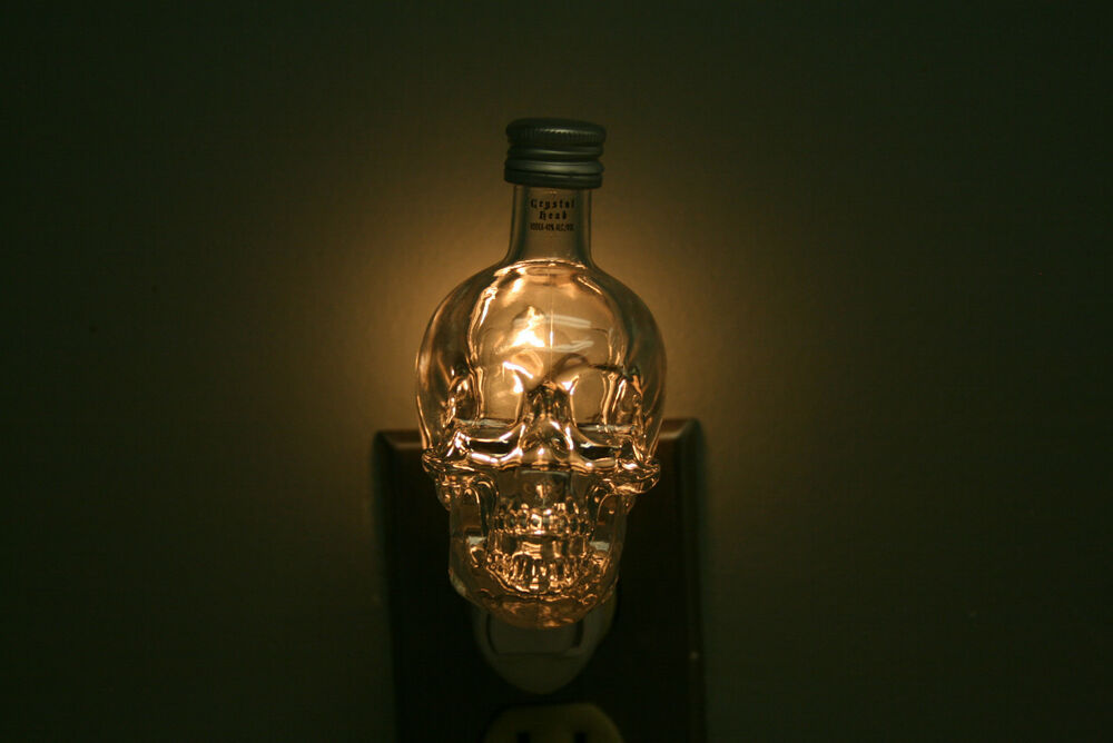 Crystal Head Quot Skull Quot Mini Liquor Bottle Night Light Dan
