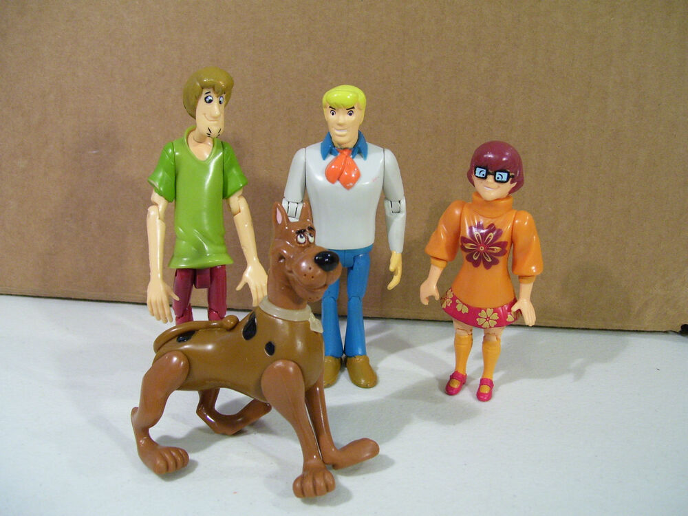 Scooby Doo Toys : Lot of scooby doo action figures fred velma