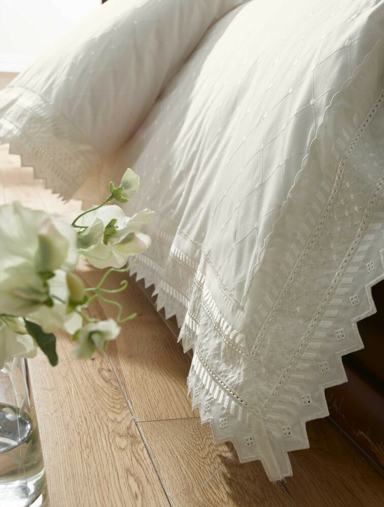 Embroidered Broderie Anglaise Cream Quilt Duvet Cover