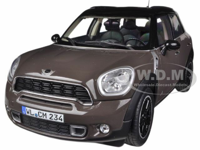 2010 mini cooper s countryman brown 1 18 diecast car model. Black Bedroom Furniture Sets. Home Design Ideas