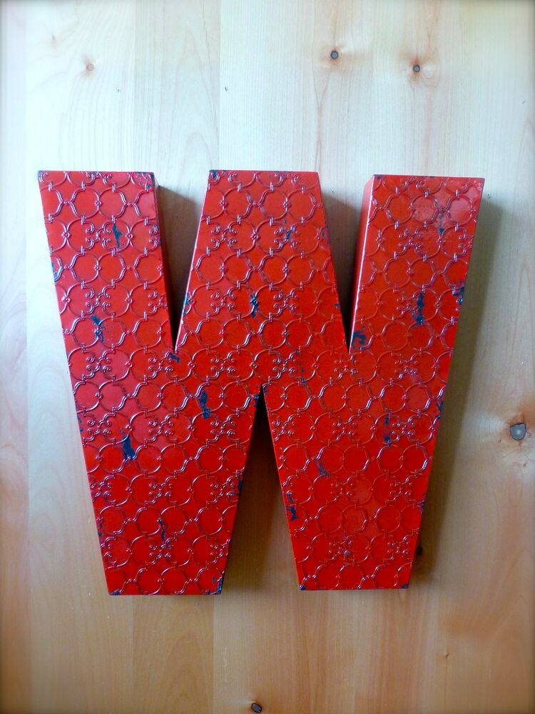 "Art Décor: INDUSTRIAL RED METAL WALL LETTER ""W"" 20"" TALL Rustic"