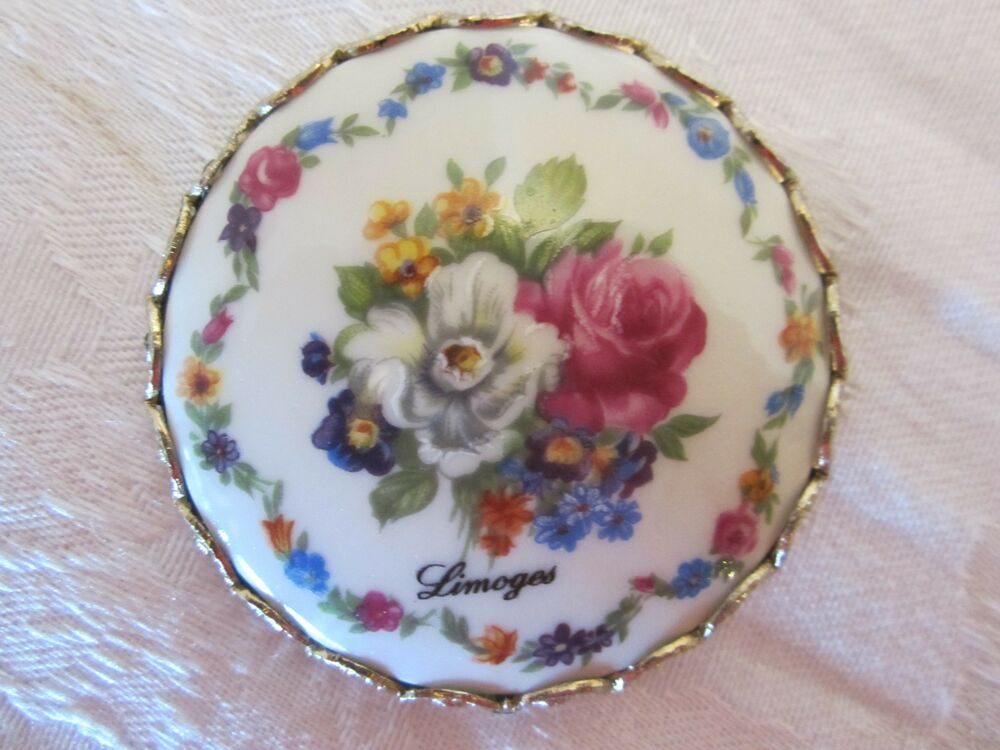 vintage limoges purse mirror miniature flowers floral porcelain signed round ebay. Black Bedroom Furniture Sets. Home Design Ideas