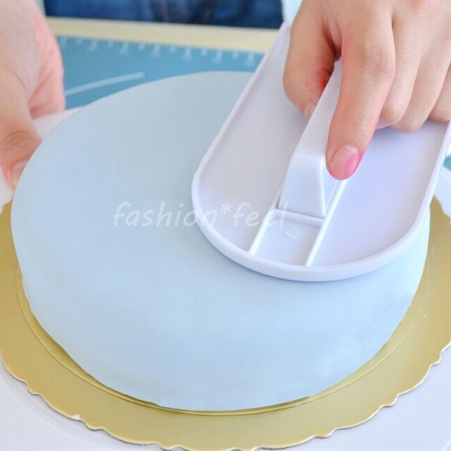 Cake Decorating Icing Smoother : 2 Cake Smoother Decorating Icing Fondant Sugarcraft Making ...