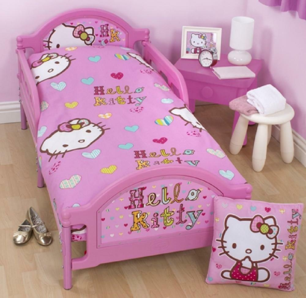 hello kitty bedroom furniture hello kitty pink junior toddler cot bed duvet set quilt 15539