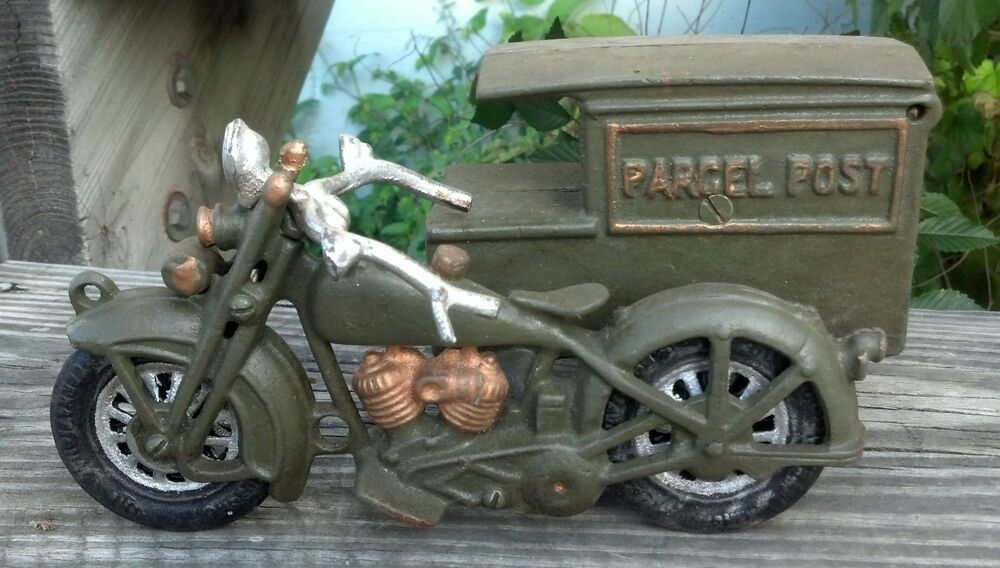 Parcel post motorcycle side car cast iron cabin lodge man for Motorcycle decorations home