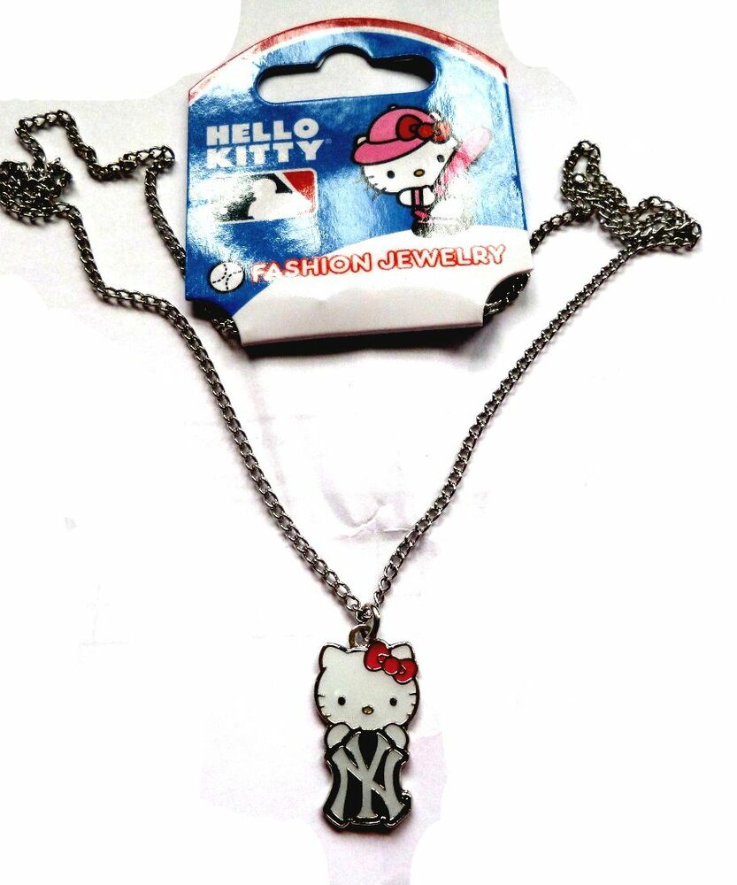 new york yankees hello kitty necklace ebay. Black Bedroom Furniture Sets. Home Design Ideas