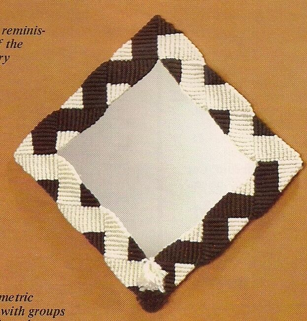 Retro Geometric Wall Mirror Pattern Ha56 Moods In Macrame