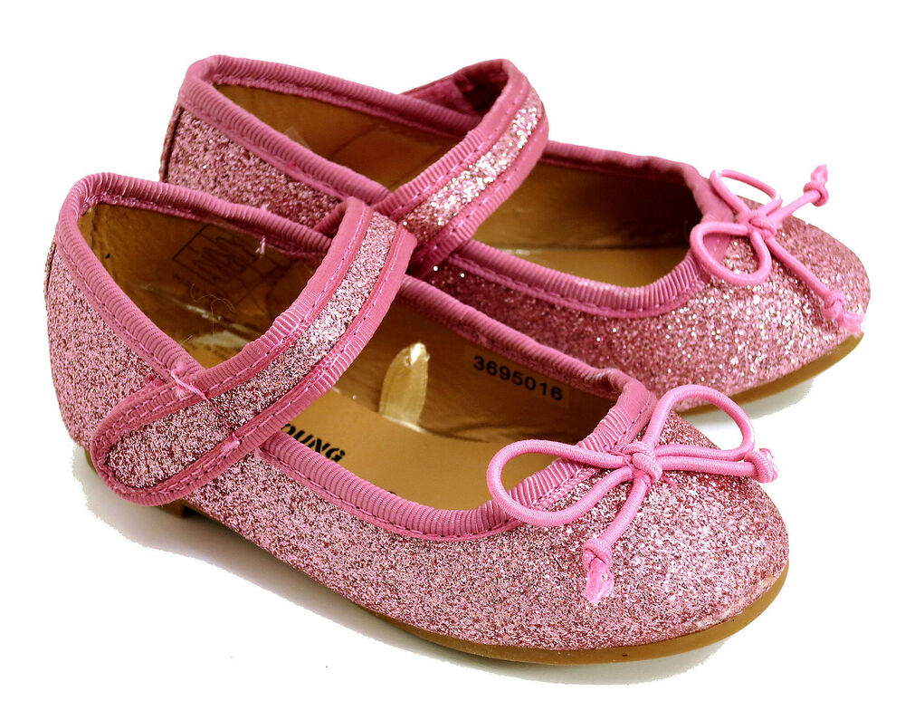 Pink Girl Shoes. Clothing. Shoes. Kids & Baby Shoes. Pink Girl Shoes. Showing 48 of results that match your query. Search Product Result. Product - Girls Pink Leather Outsole Satin Bow Glitter Ballet Shoes 2 Baby Kids. Product Image. Price $ Product Title.