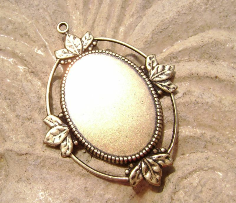 1508 Bezel Mounting Pendant Setting Antiqued Brass Oval