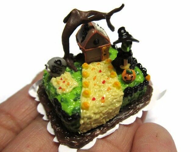 Dollhouse Miniatures Halloween Witch House Sheet Cakes ...