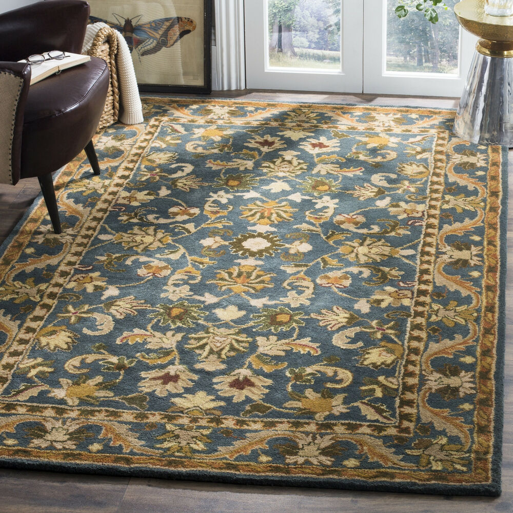 Safavieh Handmade Exquisite Blue Gold Wool Rug 4 X 6