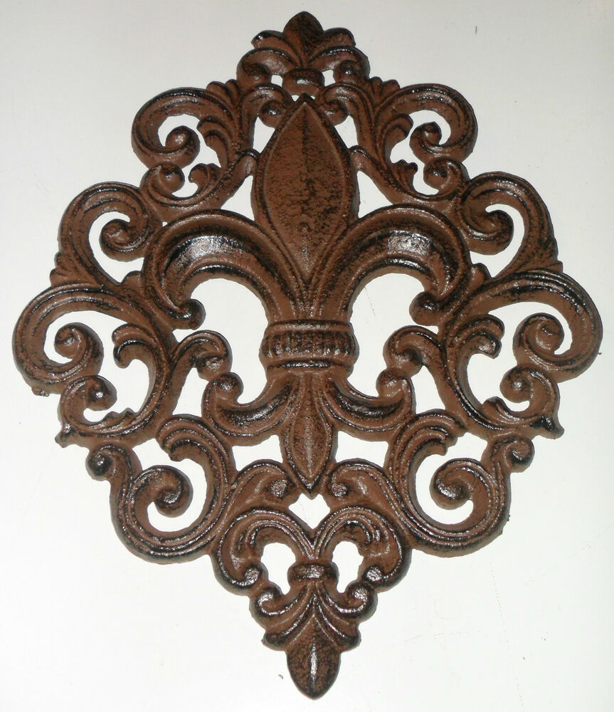Beautiful Large Cast Iron Fleur De Lis Wall Decor Sign