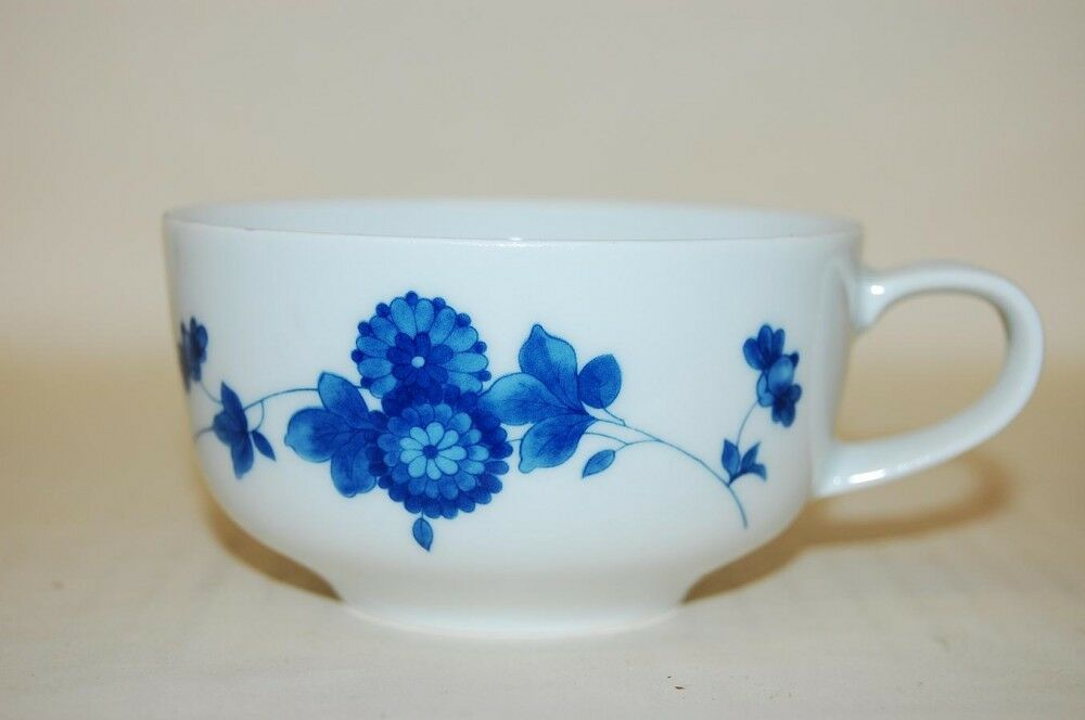 teetasse tea time blaue blumen arzberg ebay. Black Bedroom Furniture Sets. Home Design Ideas