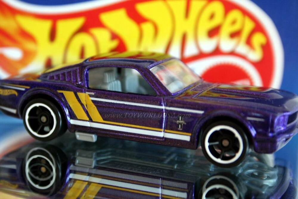 Hot wheels mustang th anniversary ford