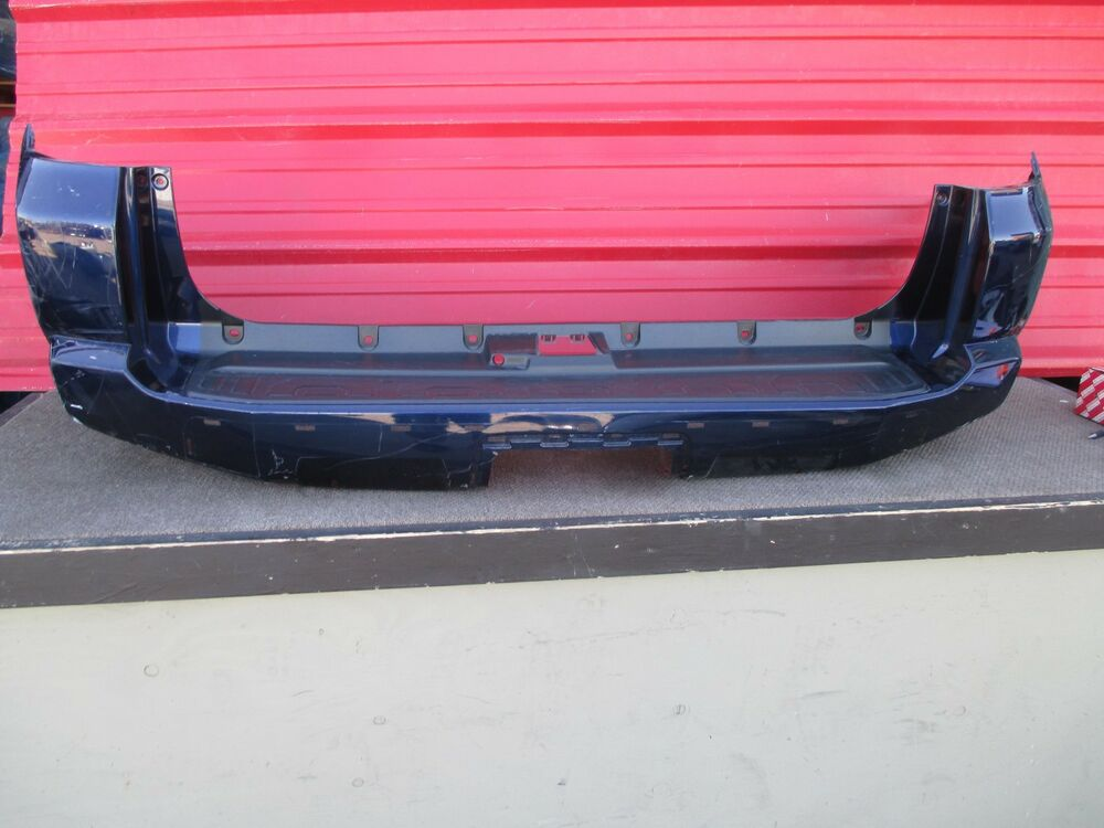 2013 Toyota 4runner Trail Edition Rear Bumper Cover Oem