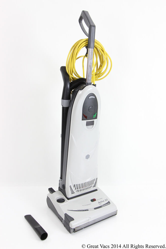 The advantages of Dyson vacuum cleaners. Clean homes help us feel good and stay healthy. One of the easiest ways to keep your house free from dirt and dust is with a quality vacuum cleaner.