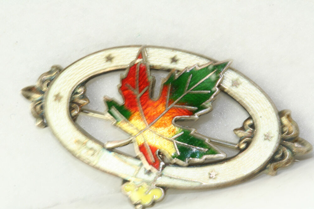 1902 Antique Sterling Silver Enamel Canada Maple Leaf Pin