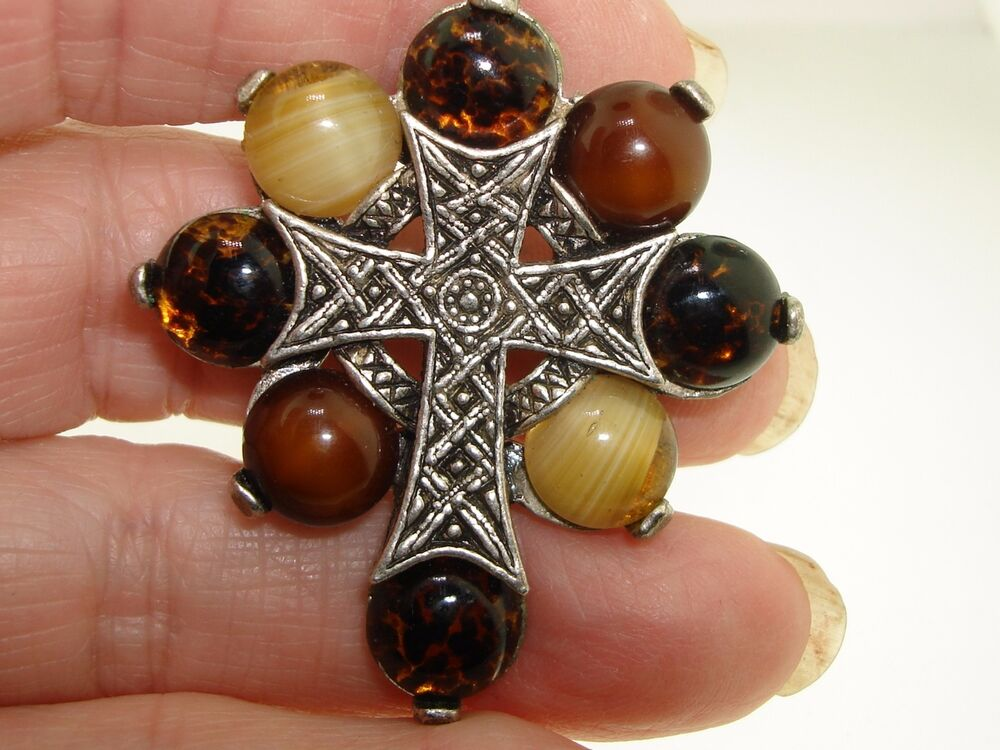 Vintage Miracle Polished Agate Silver Celtic Cross Pin