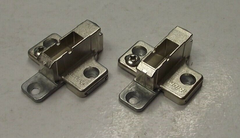 Blum 175h7190 cabinet hinge clip top 2pc wing mounting for Cabinet mounting plate