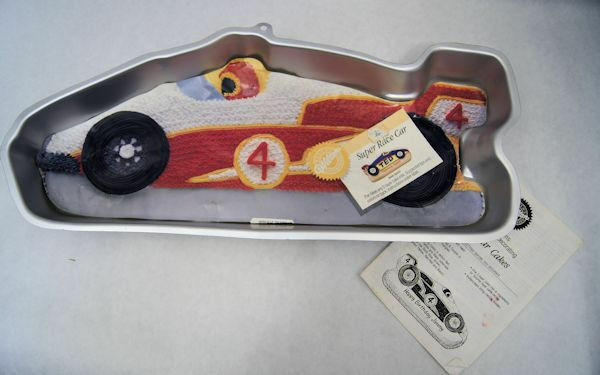 car cake pan race car cake pan from wilton 6508 ebay 2443