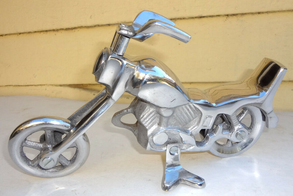 New hand crafted metal silver art deco motorcycle harley for Deco harley davidson