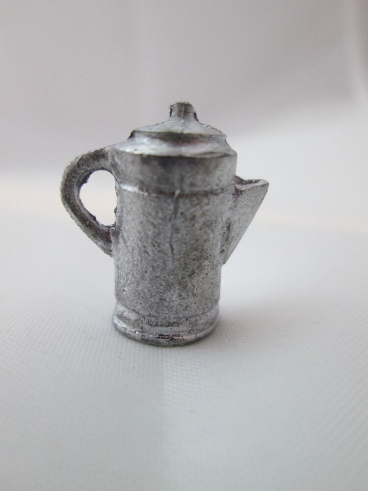 how to use metal coffee pot