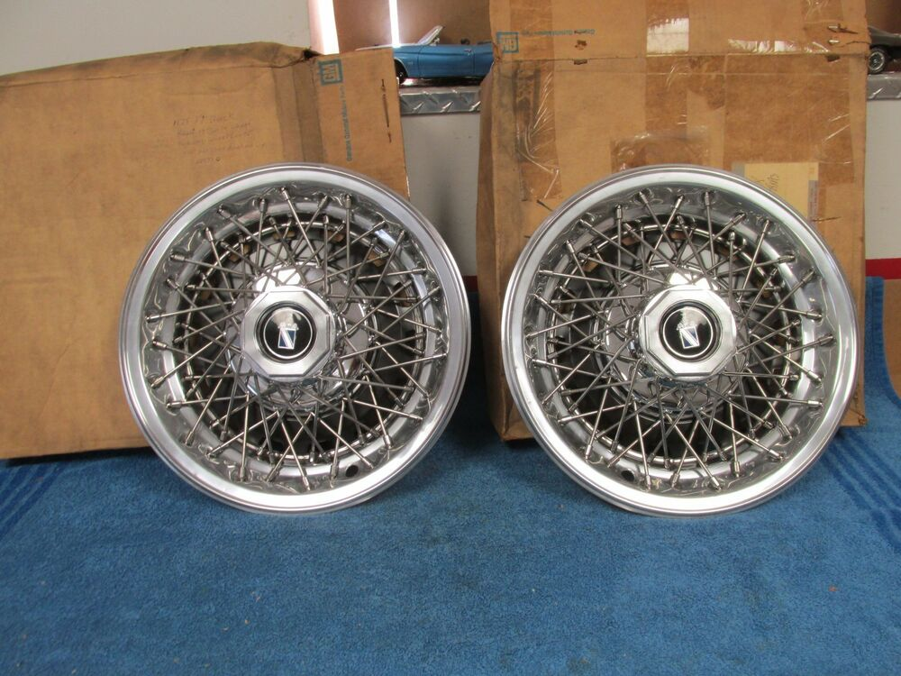 1978 79 Buick Regal 14 Quot Wire Wheel Hubcap Wheel Covers Pair Nos Gm 1015 Ebay