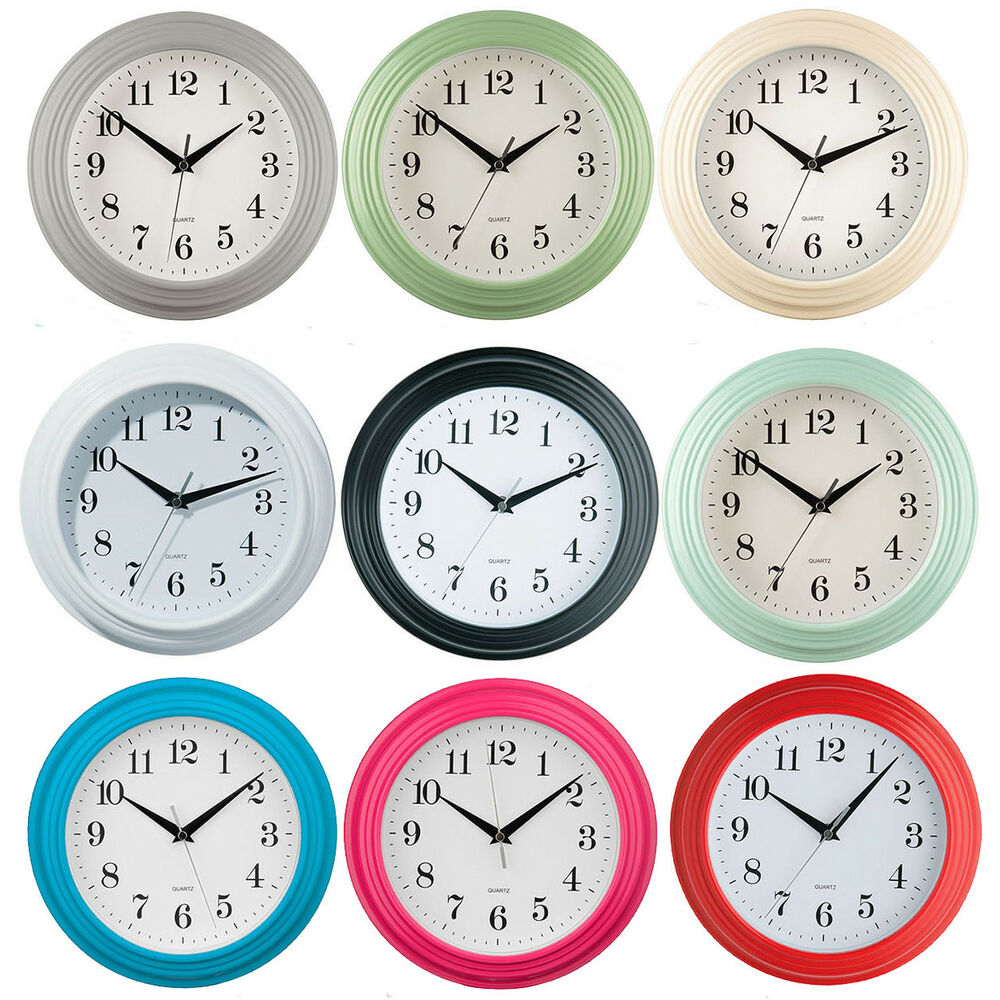 Small round wall clock plastic antique vintage style - Small kitchen clock for wall ...