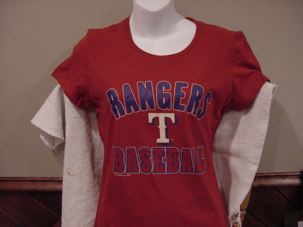 Cute texas rangers women 39 s md majestic red cotton t shirt for Rangers t shirts women s
